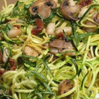 Zucchini Pasta w/ Sundried Tomatoes