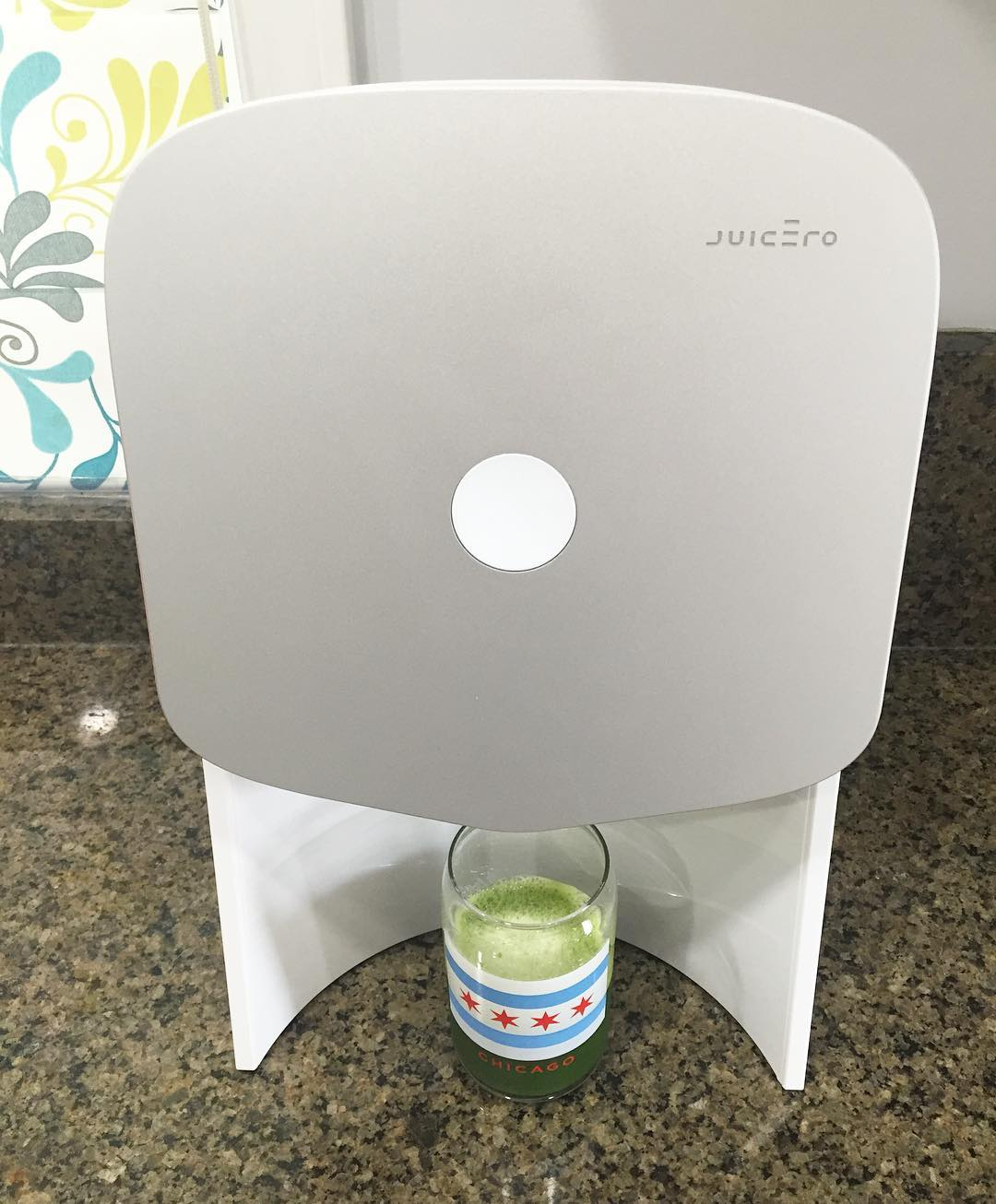 First fresh pressed greenjuice from my new juicero machine! Sohellip