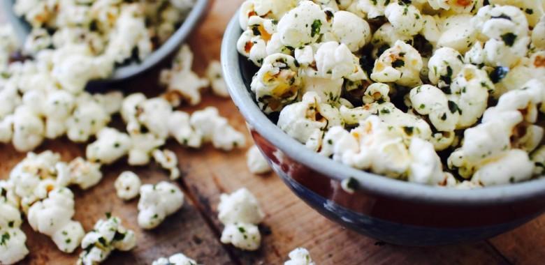 Seasame popcorn