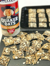 Quaker Everything Oat Crackers